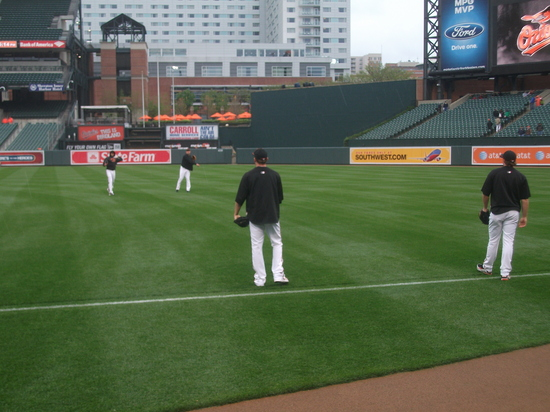 Orioles Pitchers warmup 42211