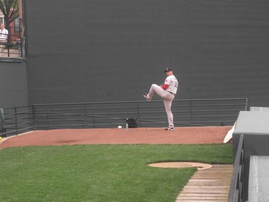 Josh Beckett warmup Oriole Park 42711